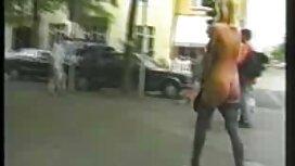 Sucer la bite dans la vieille cochonne en rut rue et avaler cum