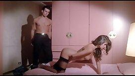 Graisse Chienne se masturbe sur cam webcam vieilles salopes en rut