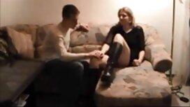 Homme musclé baise vieille cochonne allemande rousse hardcore et sa copine aux gros seins
