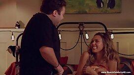 La jeune femme ne vieille cochonne x se soucie pas de baiser le professeur.